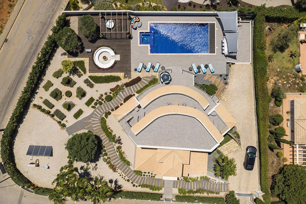Casa Boa Nova by Bespoke Architects