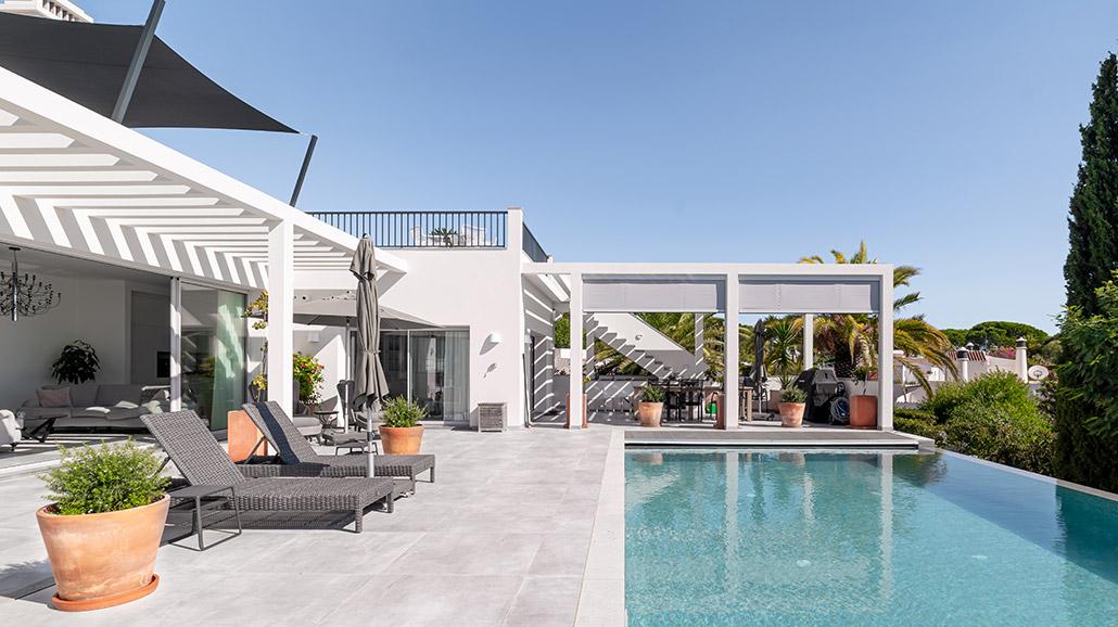 Casa Da Pérgola by Bespoke Architects